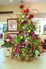 christmas decorating services in cincinnati and new trenton