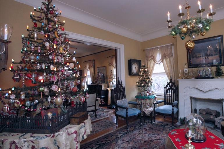 An Antique Christmas; Source: Cincinnatiusa.com