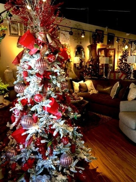 Christmas Tree, Montgomery Rd. Store