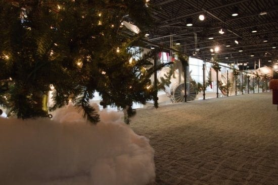 Commercial Christmas tree decorating by Sacksteders Interiors of Cincinnati, Ohio